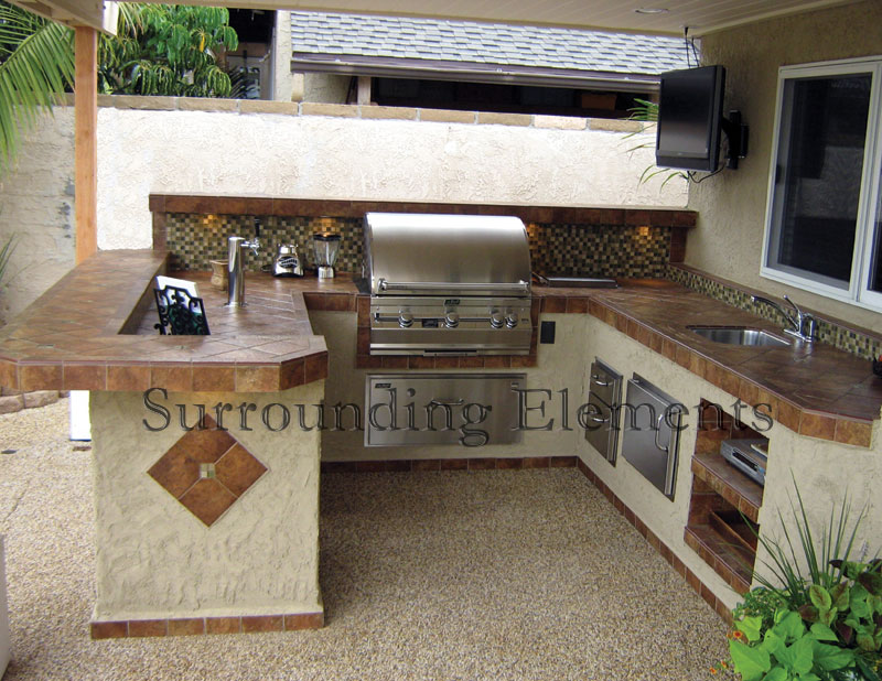 barbecue islandssurrounding elements - custom outdoor barbecue
